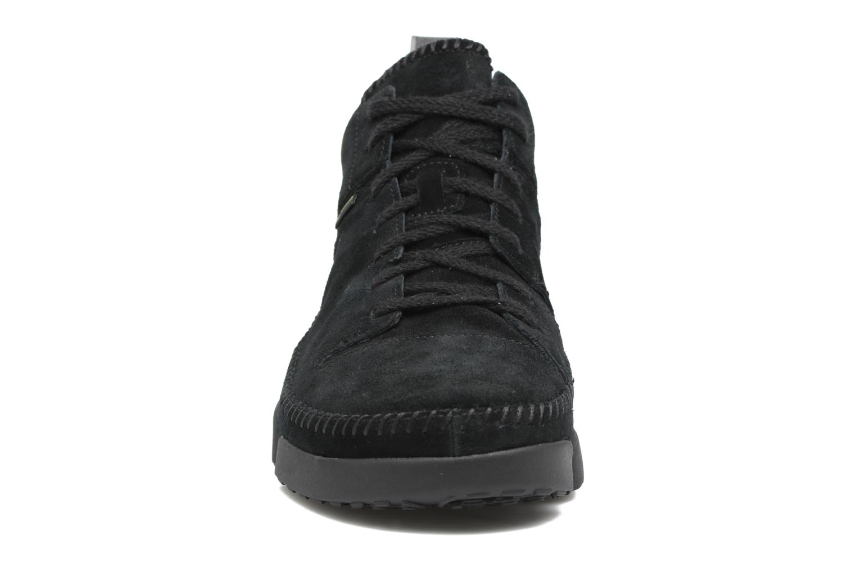 Baskets Clarks Originals TRIGENIC DRY GTX M Noir vue portées chaussures