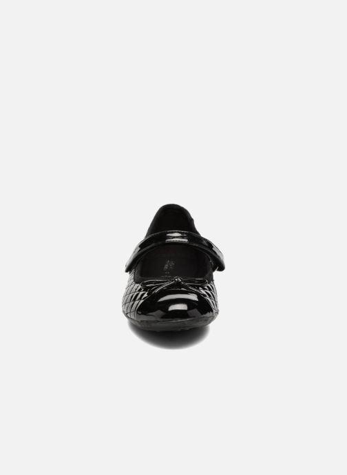 Ballerines Geox J Plie' D J5455D Noir vue portées chaussures