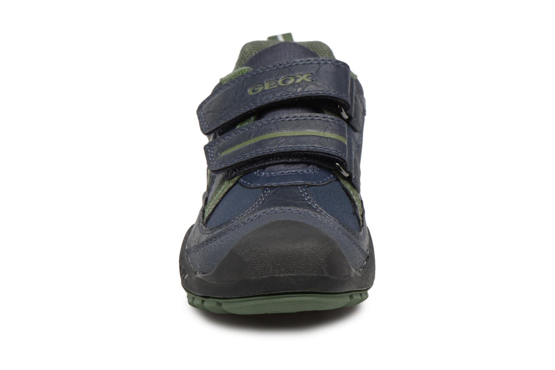 Baskets Geox J N.Savage B.A J741VA Bleu vue portées chaussures