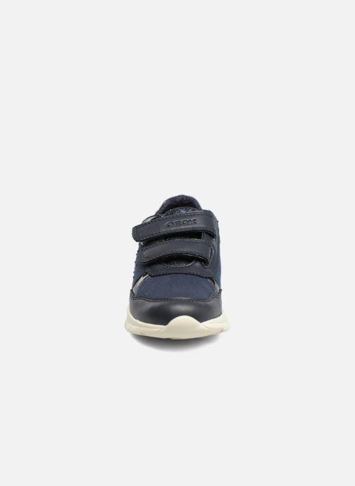 Baskets Geox J Sukie G. B  J743GB Bleu vue portées chaussures
