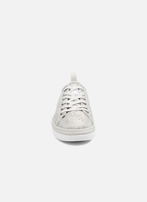 Baskets Palladium Crushion Lace Camo Gris vue portées chaussures