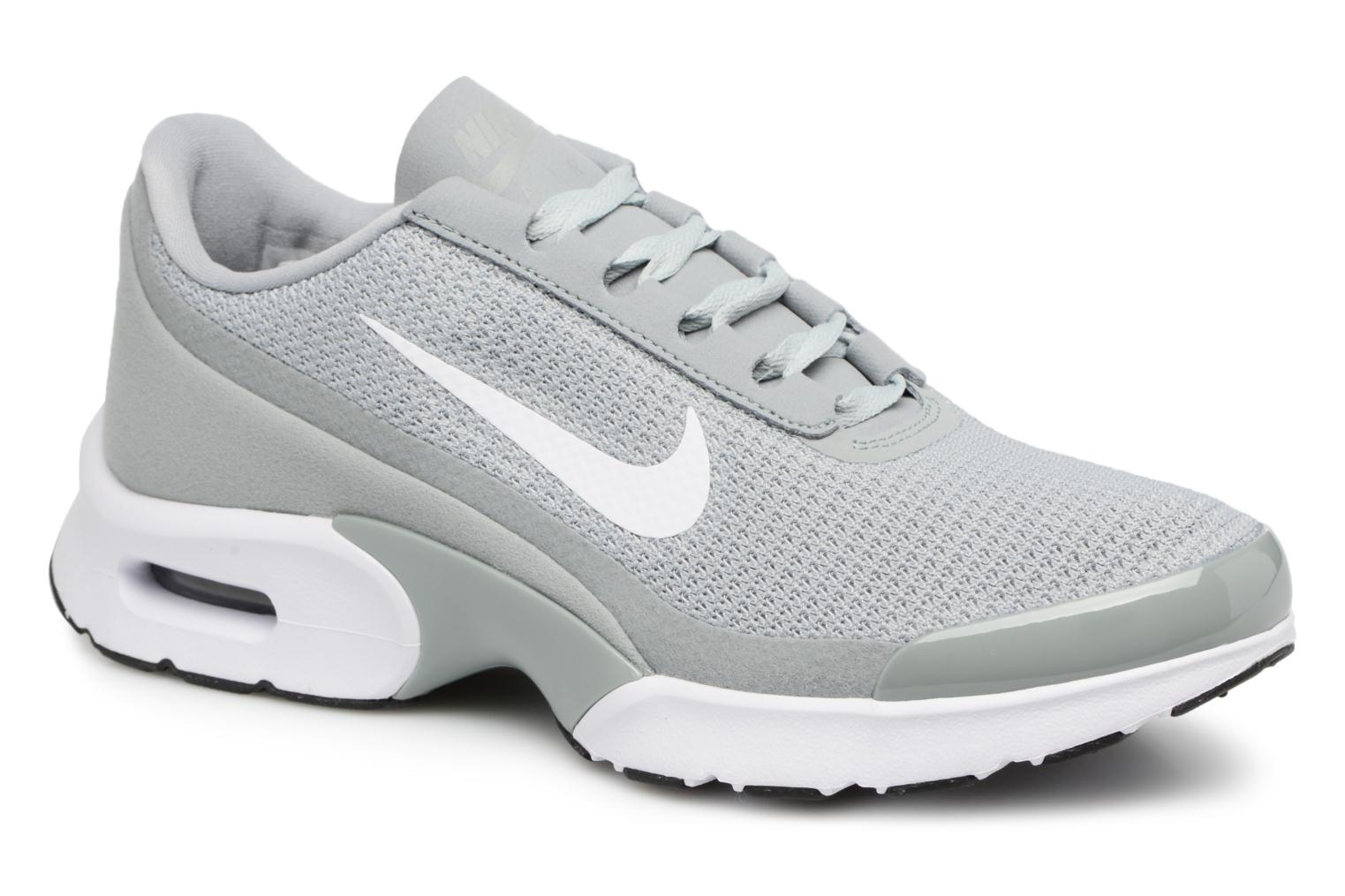 Baskets Nike Wmns Nike Air Max Jewell Gris vue détail/paire