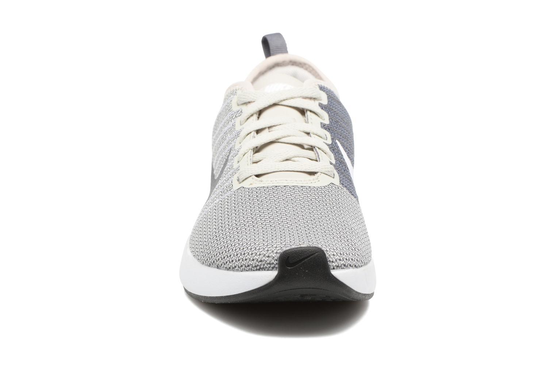 Chaussures de sport Nike W Nike Dualtone Racer Gris vue portées chaussures