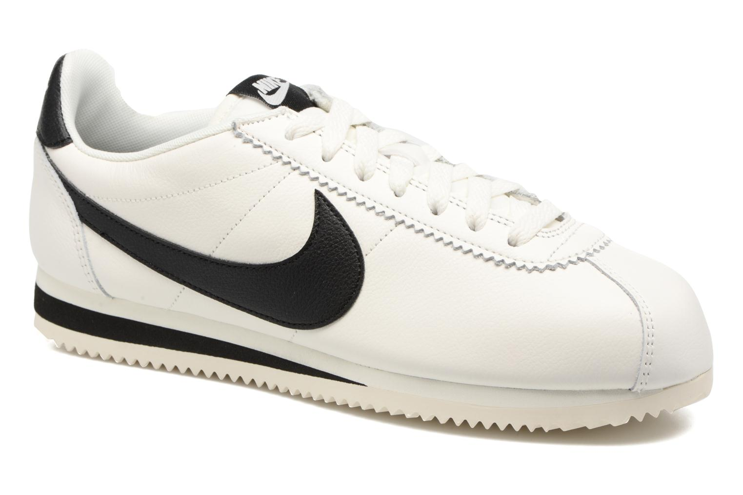 Baskets Nike Classic Cortez Leather Se Blanc vue détail/paire