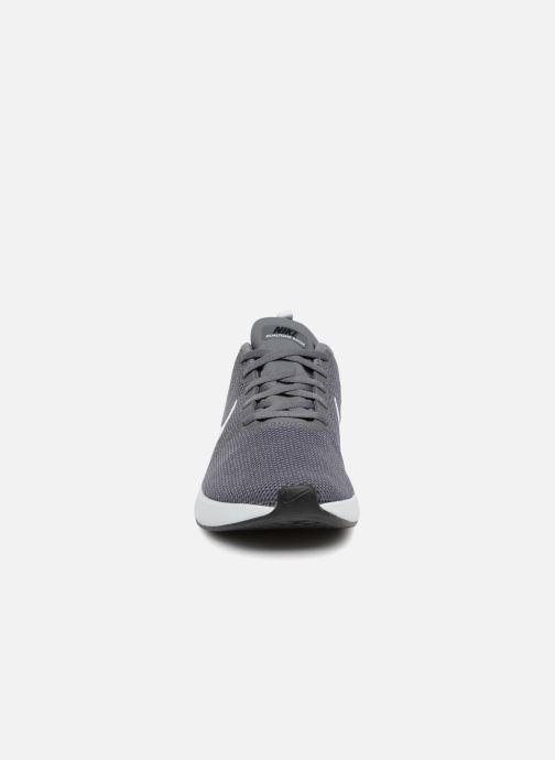 Sportschuhe Nike Nike Dualtone Racer grau schuhe getragen