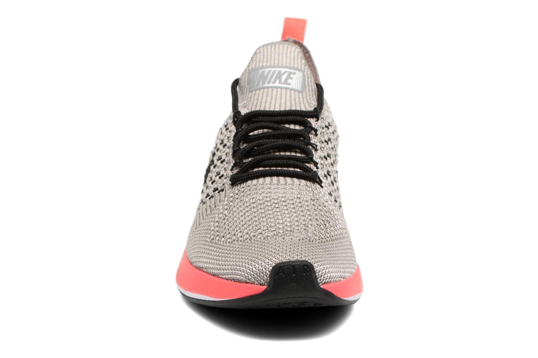 Baskets Nike W Air Zoom Mariah Fk Racer Prm Gris vue portées chaussures