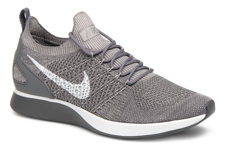 Baskets Nike Air Zoom Mariah Flyknit Racer Gris vue détail/paire