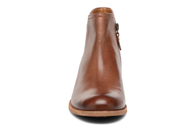Bottines et boots Clarks Maypearl Ramie Marron vue portées chaussures