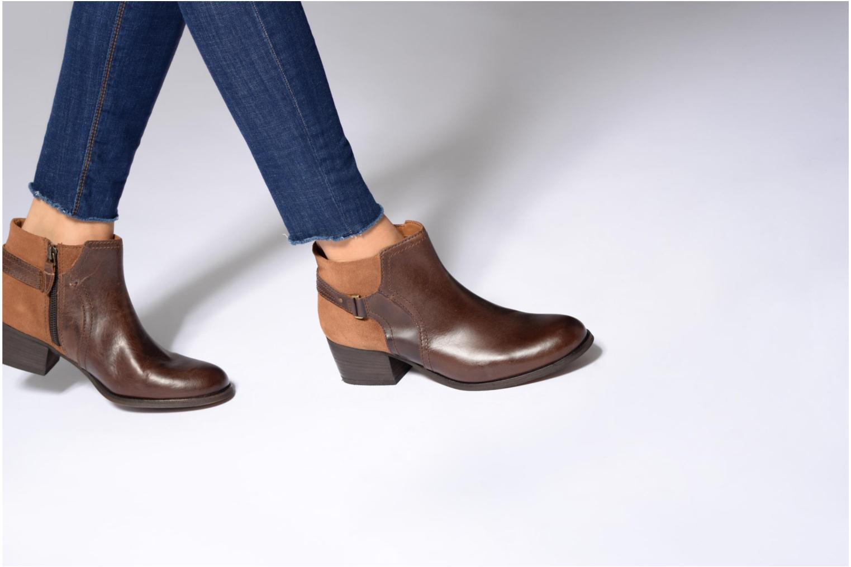 Bottines et boots Clarks Maypearl Lilac Noir vue bas / vue portée sac