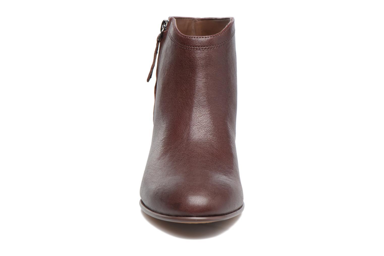 Bottines et boots Clarks Maypearl Alice Marron vue portées chaussures