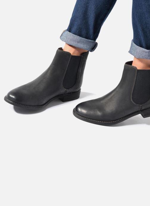 Stiefeletten & Boots Clarks Maypearl Nala braun ansicht von unten / tasche getragen