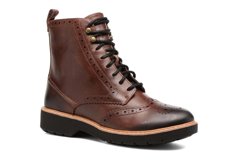 Boots en enkellaarsjes Clarks Witcombe Flo Bruin detail