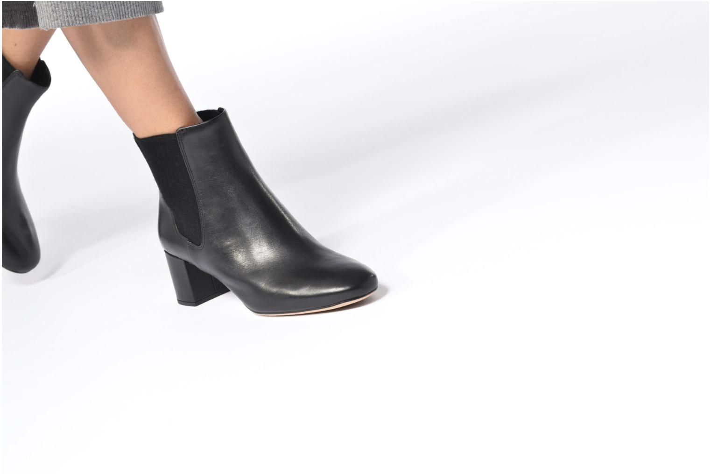 Bottines et boots Clarks Orabella Anna Noir vue bas / vue portée sac