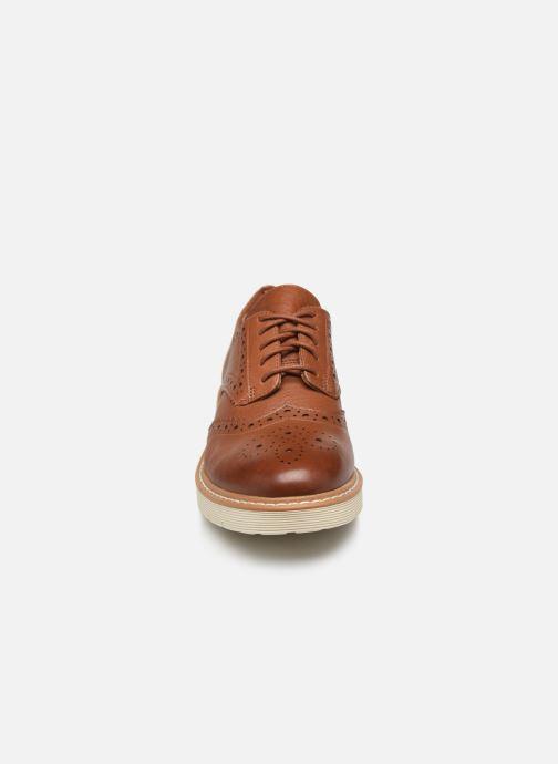 Chaussures à lacets Clarks Witcombe Echo Marron vue portées chaussures