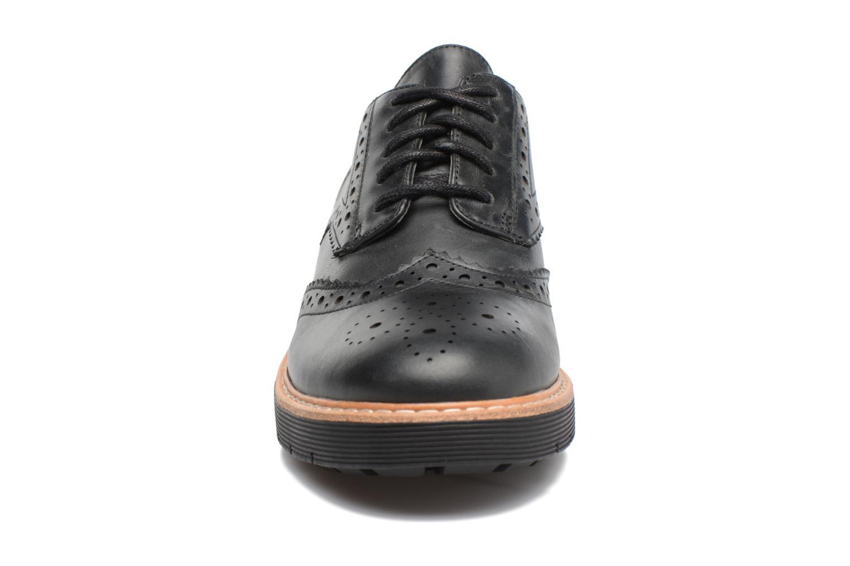 Chaussures à lacets Clarks Witcombe Echo Noir vue portées chaussures