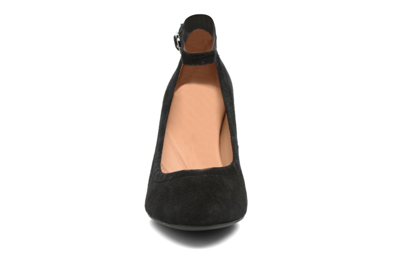 Escarpins Clarks Chryssa Jana Noir vue portées chaussures