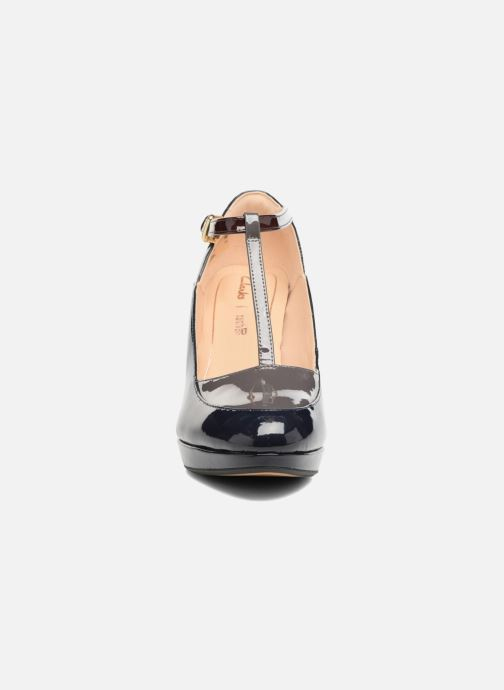 Escarpins Clarks Kendra Daisy Noir vue portées chaussures