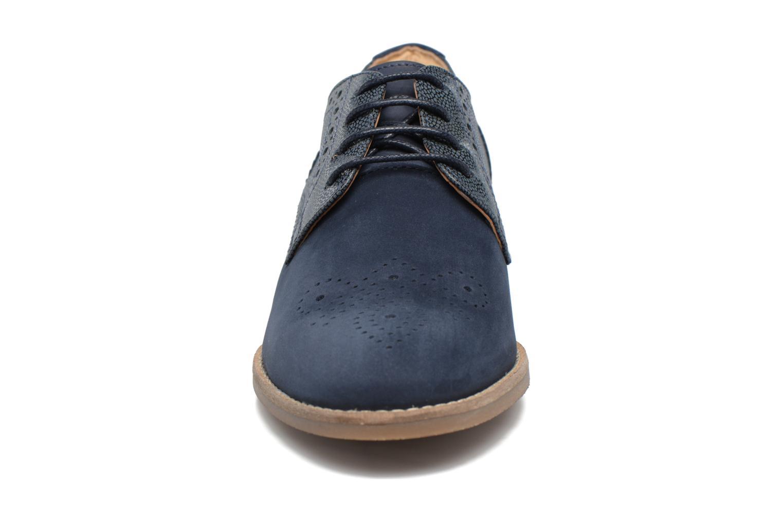 Chaussures à lacets Clarks Netley Rose Bleu vue portées chaussures