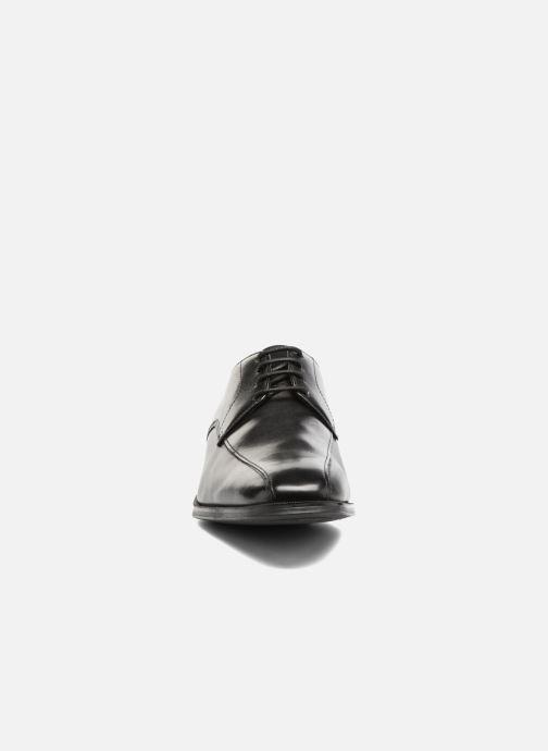 Chaussures à lacets Clarks Gilman Mode Noir vue portées chaussures