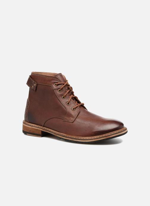 Boots en enkellaarsjes Clarks Clarkdale Bud Bruin detail