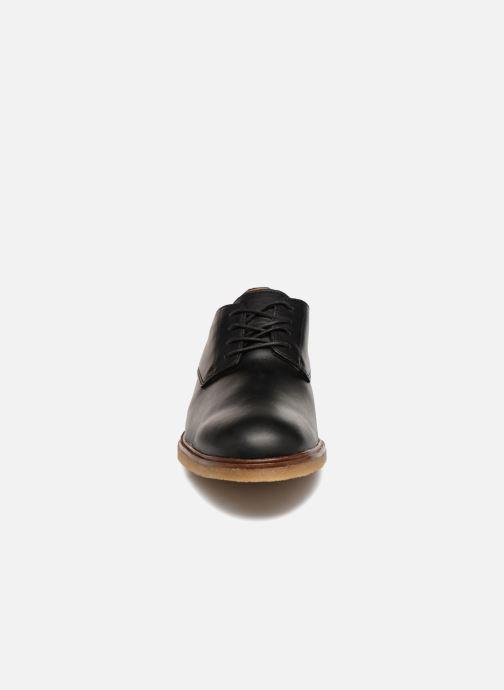 Chaussures à lacets Clarks Clarkdale Moon Noir vue portées chaussures