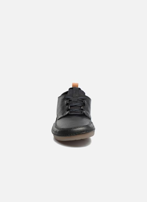 Trainers Clarks Nature IV. Black model view