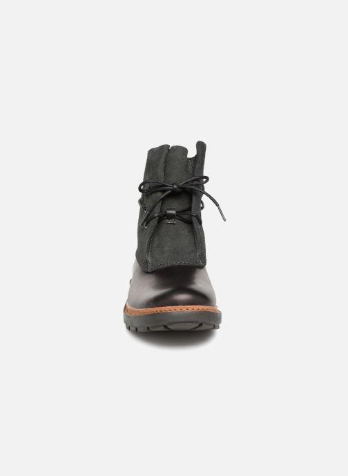 Bottines et boots Clarks Trace Dusk Noir vue portées chaussures