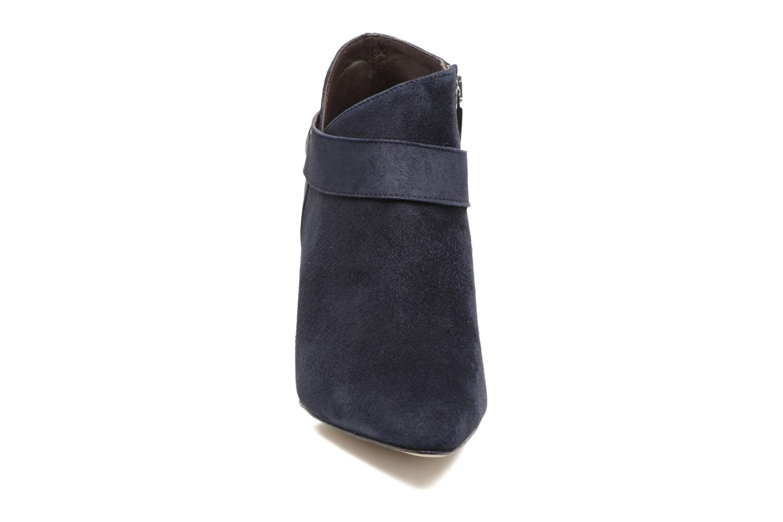 Ankle boots Perlato Edel Blue model view