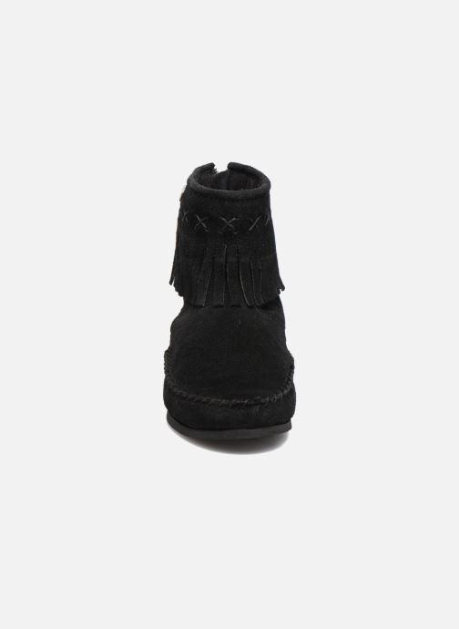 Bottines et boots Les Tropéziennes par M Belarbi Crabe J Noir vue portées chaussures