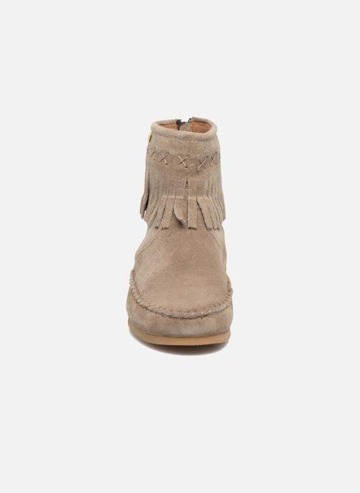Bottines et boots Les Tropéziennes par M Belarbi Crabe J Beige vue portées chaussures