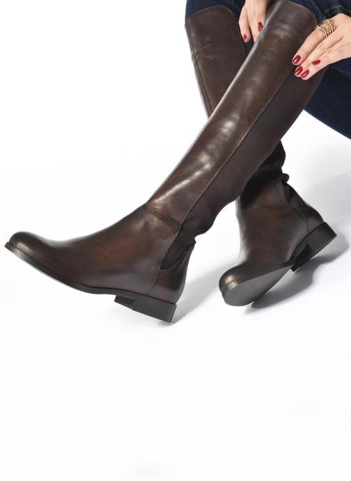 Stiefel Georgia Rose Sista braun ansicht von unten / tasche getragen
