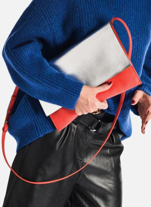 Handtaschen Clarks MOROCCAN JEWEL Crossbody weinrot ansicht von unten / tasche getragen