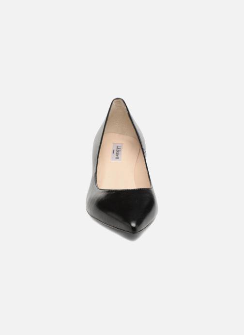 Escarpins L.K. Bennett Audrey Noir vue portées chaussures