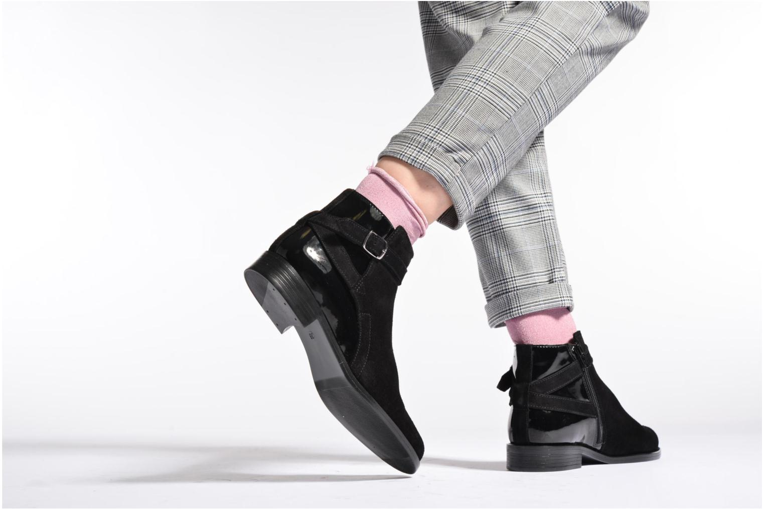 Ankle boots PintoDiBlu Nina Black view from underneath / model view