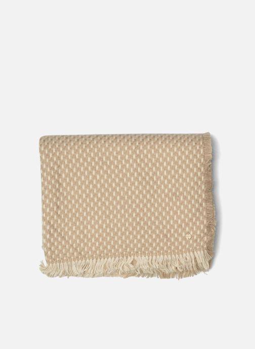 Sciarpa y foulard Esprit Dot structured scarf 65X200 Beige modello indossato