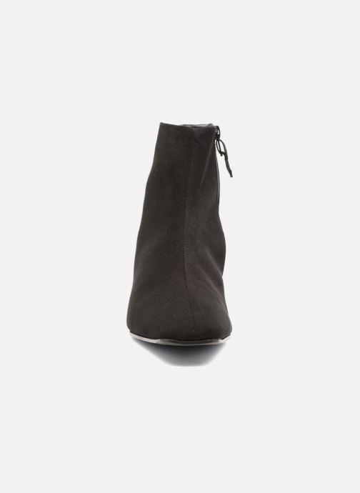 Bottines et boots Elizabeth Stuart Erza 300 Noir vue portées chaussures