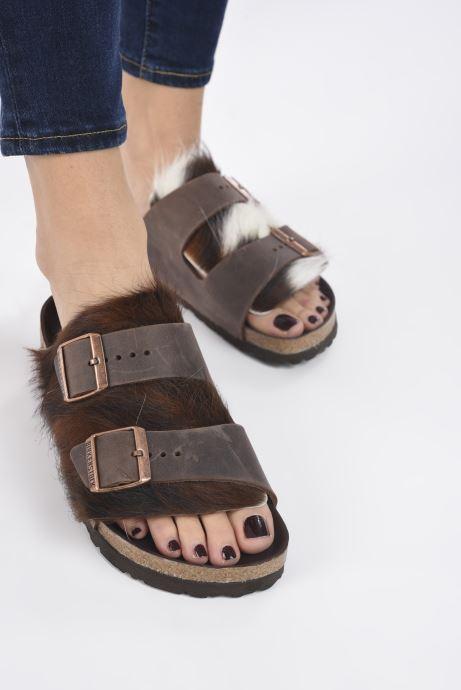 Pantofole Birkenstock Arizona Fur Marrone immagine dal basso
