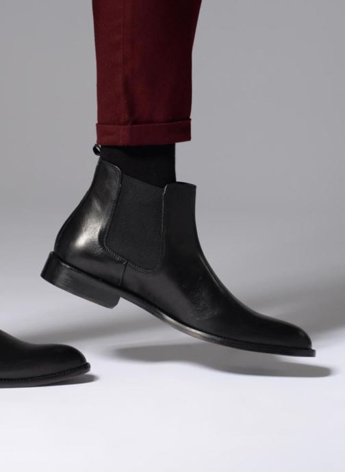 Ankle boots Marvin&co Rothwell Black view from underneath / model view