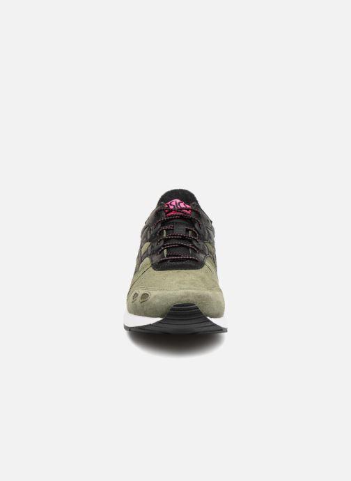 Baskets Asics Gel-Lyte Vert vue portées chaussures