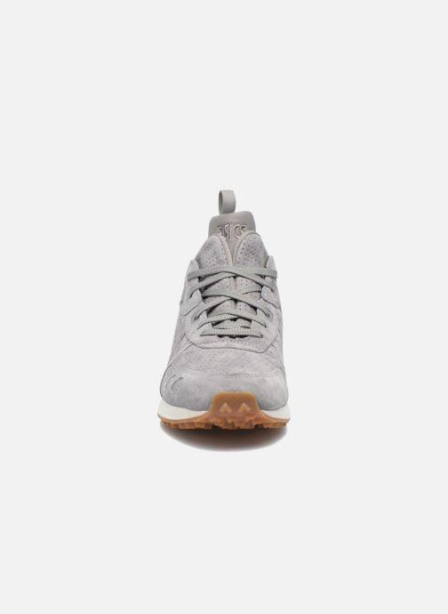 Baskets Asics Gel-Lyte Mt Gris vue portées chaussures