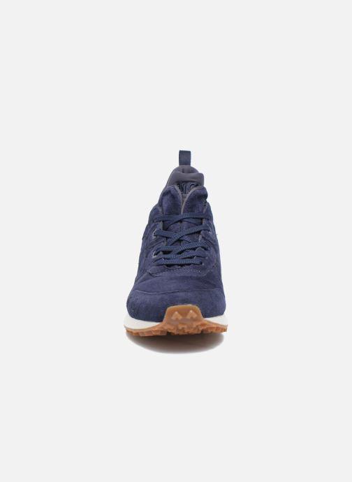 Baskets Asics Gel-Lyte Mt Bleu vue portées chaussures