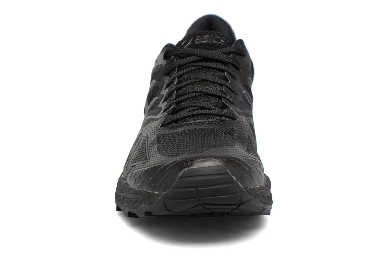 Chaussures de sport Asics Gel-Fujitrabuco 6 Noir vue portées chaussures