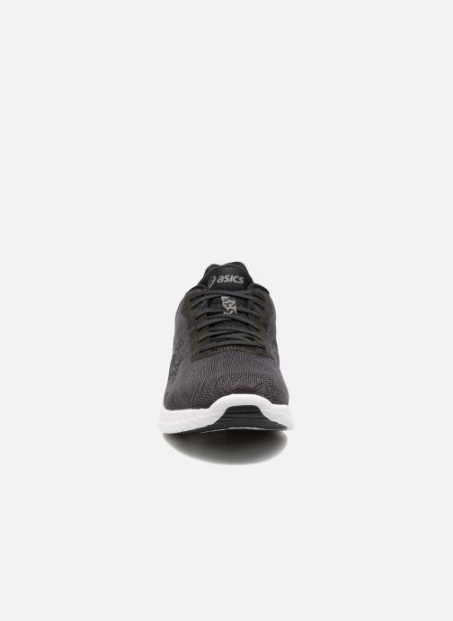 Sportssko Asics Gel-Kenun Sort se skoene på