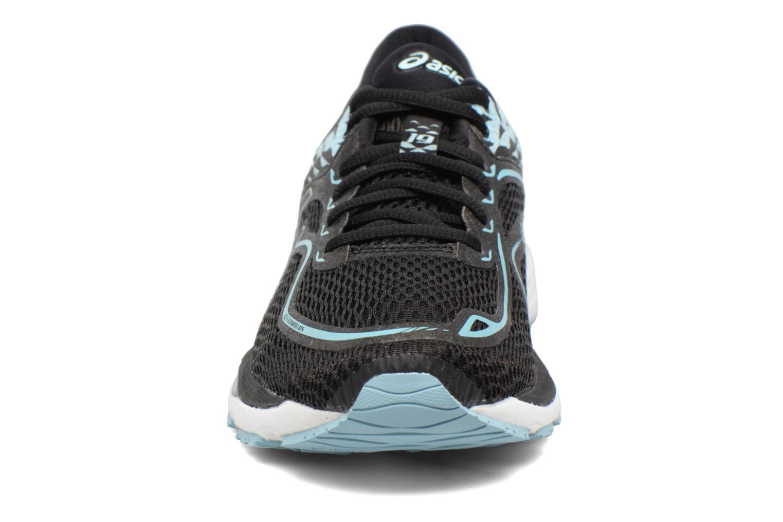 Chaussures de sport Asics Gel-Cumulus 19 W Noir vue portées chaussures