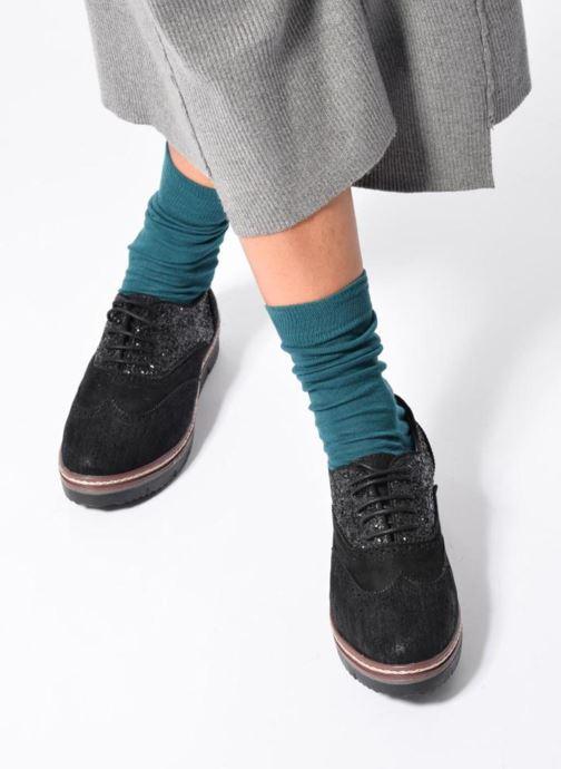 Chaussures à lacets I Love Shoes THELI Noir vue bas / vue portée sac