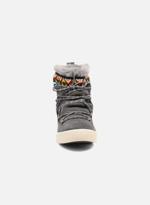 Bottines et boots TOMS Alpine Gris vue portées chaussures