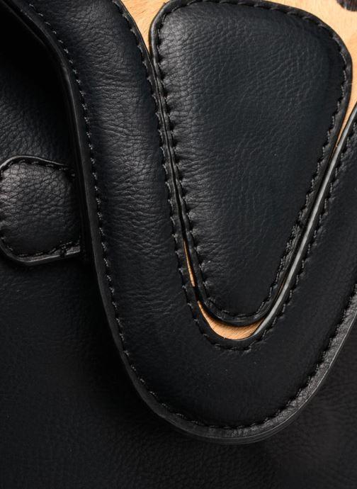 Bolsos de mano Pepe jeans TATY Crossbody Suede leather bag Negro vista lateral izquierda