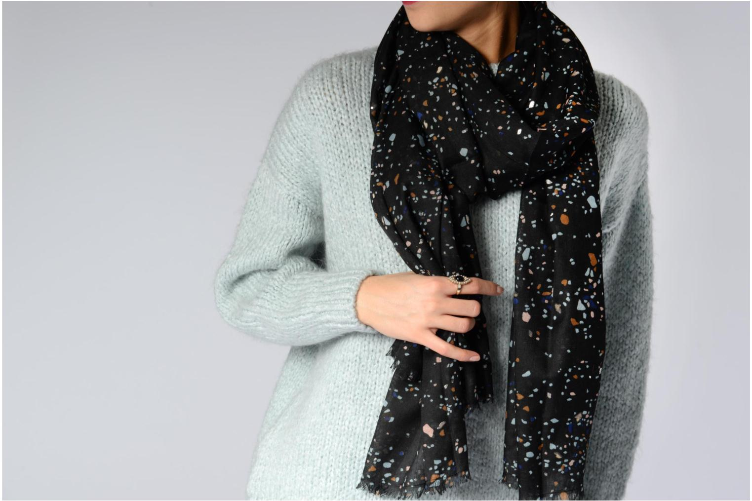 Divers Pieces ROCKY Long scarf 100x200 Zwart boven