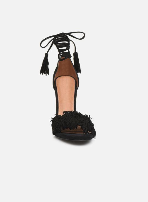 Sandales et nu-pieds Steve Madden Sassey Noir vue portées chaussures