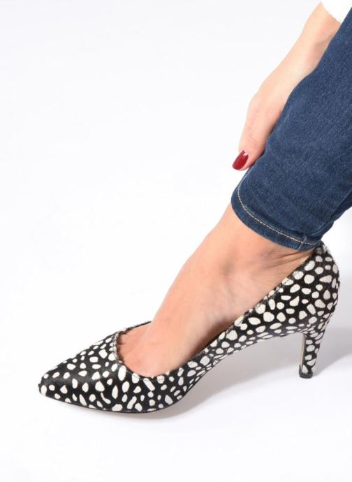 High heels Georgia Rose Gaby Black view from underneath / model view